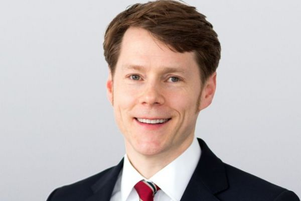 Dr. Thorsten Minuth